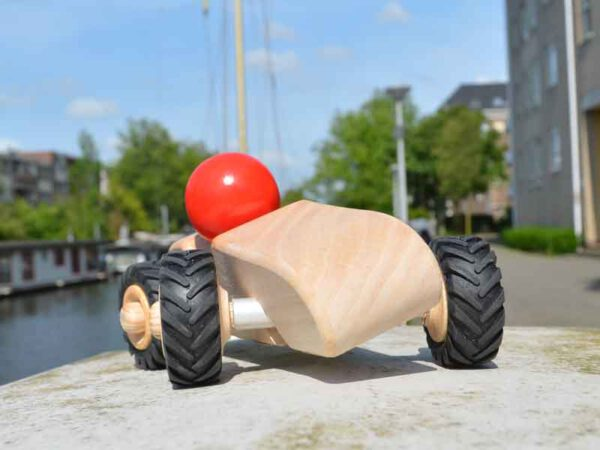 Houten kantelauto speelgoed Amsterdams hout