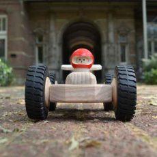 Houten raceauto